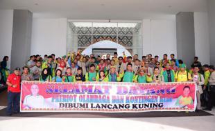 Gubri Sambut Kedatangan Kontingen PON XIX Prov Riau