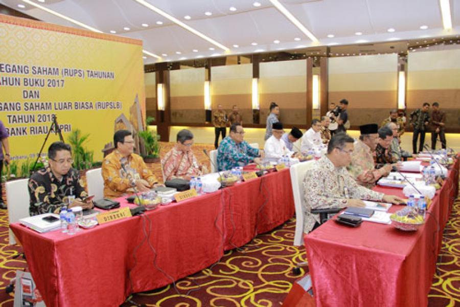 Bank Riau Kepri Bukukan Laba Bersih Tahun 2017 Rp 454.395 Miliar