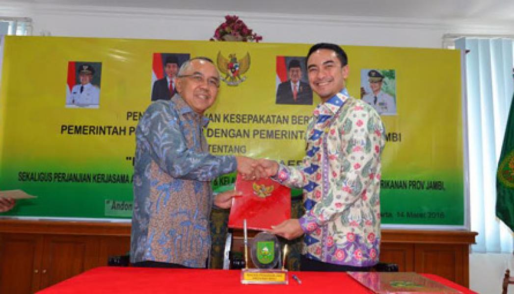 Plt Gubernur Riau dan Gubernur Jambi Teken MoU Kerjasama