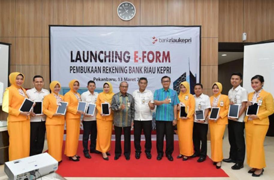 Bank Riau Kepri Terapkan Pelayanan Digital Melalui  Aplikasi e-Formulir