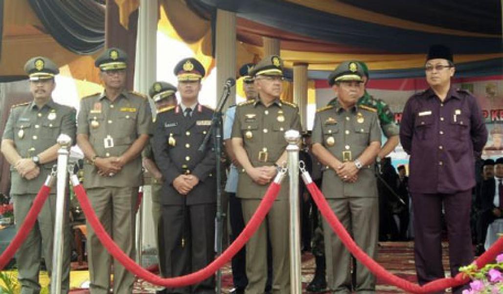 Upacara Peringatan HUT Satpol PP dan Satlinmas Riau di Pelalawan Berlangsung Khidmat