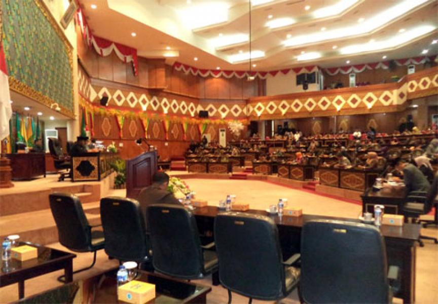 DPRD Riau Gelar Rolling Komisi dan Alat Kelengkapan Dewan