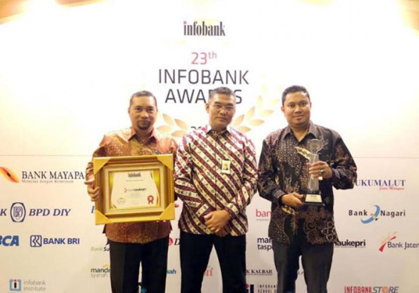 Lagi, Bank Riau Kepri Raih Platinum Award Kinerja Keuangan Sangat Bagus