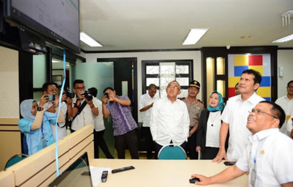 Inovasi Tekhnologi Informasi dan Komunikasi Layanan Pemerintah Dalam Rangka Mendukung Riau Go IT