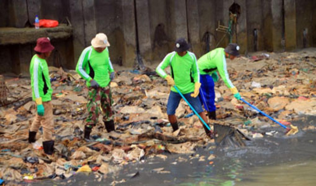 DKP Kepulauan Meranti Gelar Bersih Pantai dan Laut