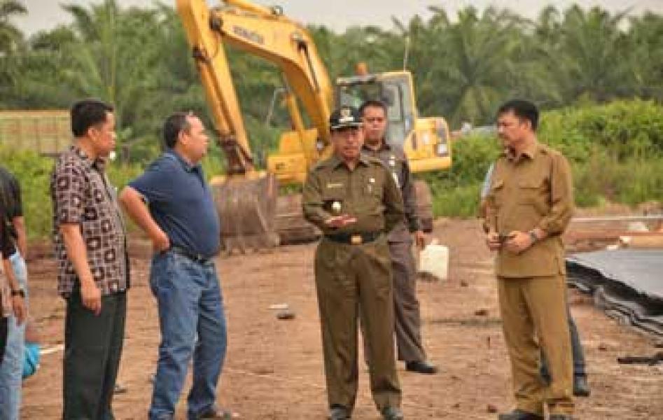 Bupati Tinjau Sejumlah Proyek Pembangunan di Kecamatan Mandau