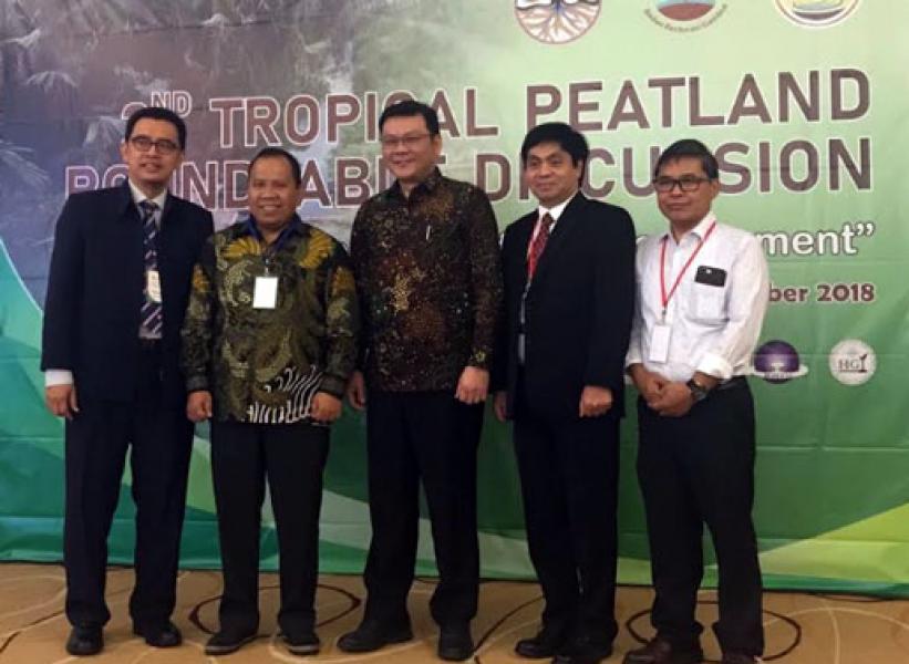 Bupati Irwan Pembicara pada Tropical Peatland Roundtable Discussion