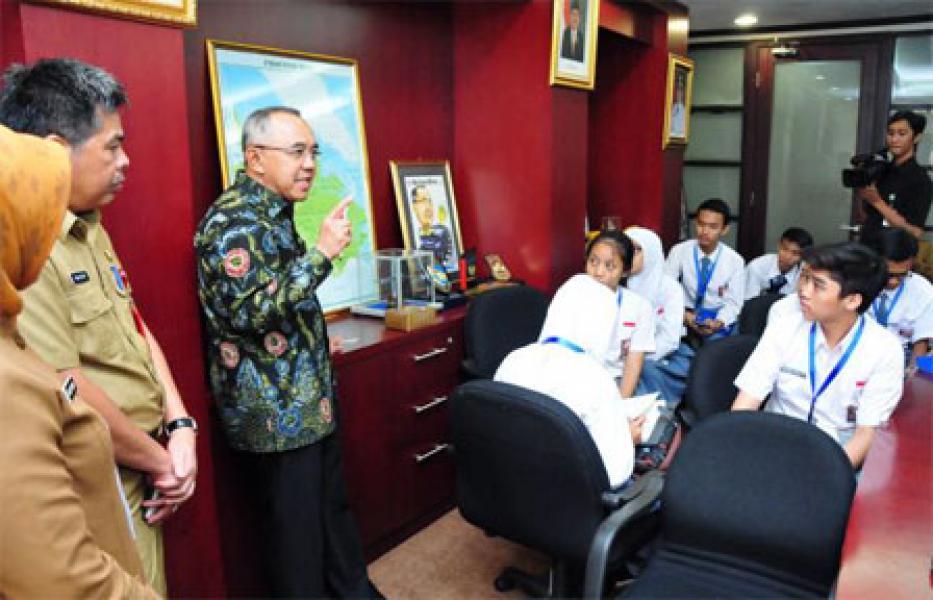 Pendidikan dan Peningkatan Kualitas SDM Riau