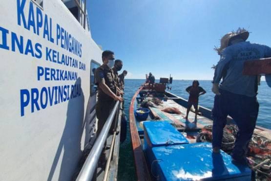 Tim Gabungan Tindak Kapal Gunakan Pukat Harimau di Perairan Riau