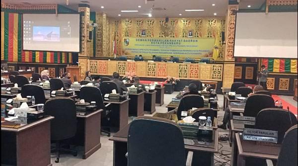 Sejumlah Anggota Dewan Usulkan Mosi Tak Percaya Kepada Pimpinan DPRD Pekanbaru