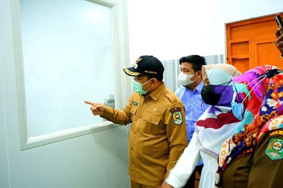 Satu-satunya di Riau, Wabup Husni Merza Tinjau Laboratorium Penghasil Albumin