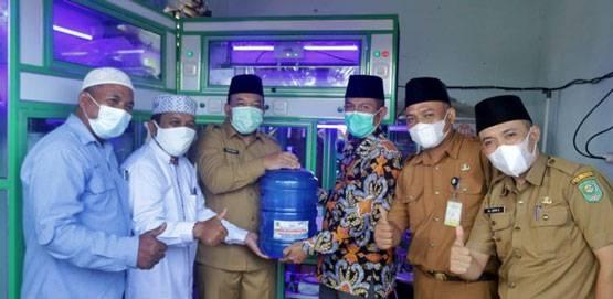Wabup Siak Husni Merza Resmikan Depot Air Minum Pesantren Modern Fataha