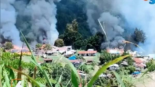 KKB Papua Bakar Puskesmas Kiwirok, Dua Nakes Jatuh ke Jurang, 1 Tewas
