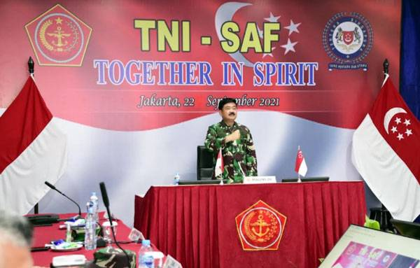 Panglima TNI Laksanakan Virtual Informal Meeting Dengan Pangab Singapura