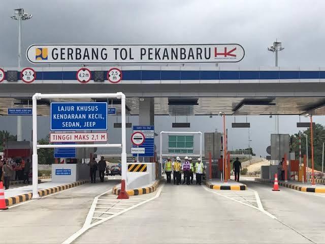 Setahun Beroperasi 4 Juta Kendaraan Melintas di Jalan Tol Pekanbaru - Dumai