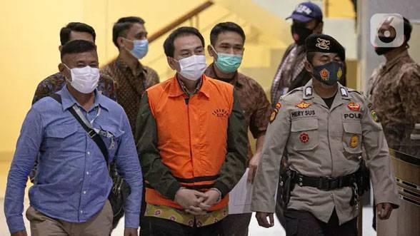 Golkar Nonaktifkan Sementara Waktu Azis Syamsuddin