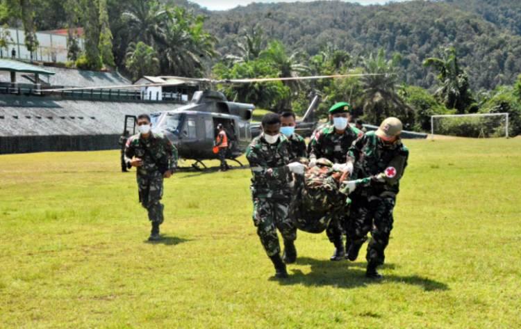 Satu Prajurit TNI Gugur Saat Mengamankan Evakuasi Nakes Korban Kekejaman KST
