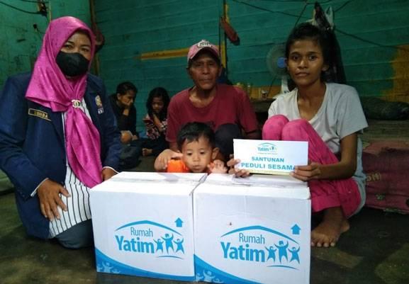 Rumah Yatim Riau Bantu Ringankan Beban Pipih, Ibu Tunggal yang Berjuang Lawan TBC Agar Bisa Rawat Kedua Anaknya