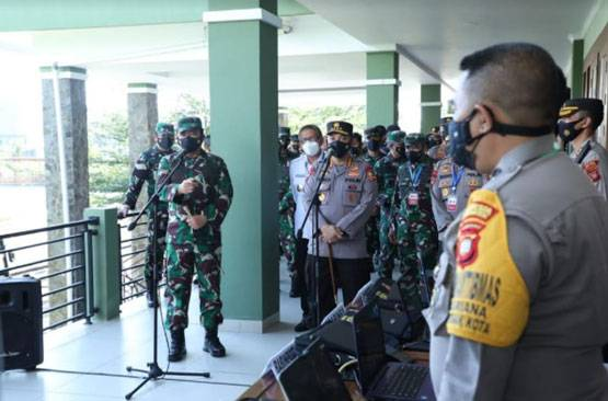 Panglima TNI: Sinergi TNI-Polri dan Instansi Terkait Guna Mengubah Pandemi Menjadi Endemi