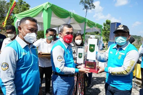 Siak Sri Indrapura Raih Predikat Ibu Kota Kabupaten Terbersih Se Riau Tahun 2021
