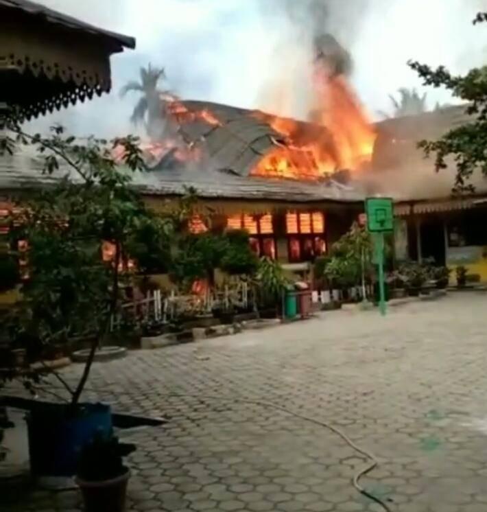 Disdik Kota Pekanbaru Segera Perbaiki Gedung SDN118 yang Terbakar