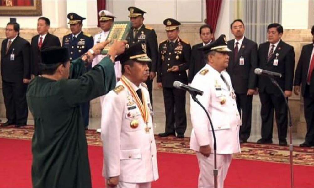 Syamsuar Bupati Berprestasi Resmi Dilantik Sebagai Gubernur Riau