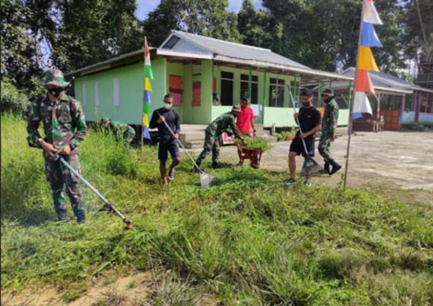 Batalyon Infanteri 642/Kapuas Gelar Karya Bakti di Panti Asuhan