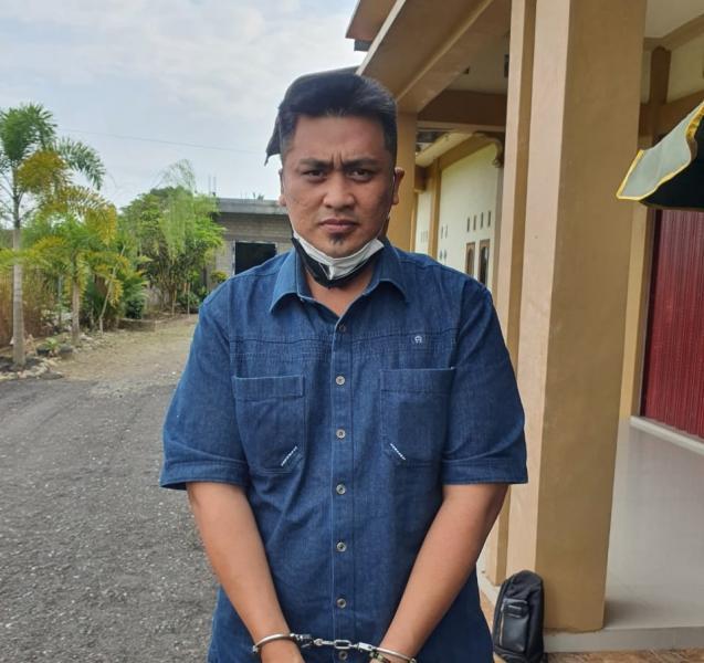 Polisi Tangkap Mantan Anggota DPRD Kota Pekanbaru, Otak Pelemparan Kepala Anjing dan Teror Pembakaran Rumah