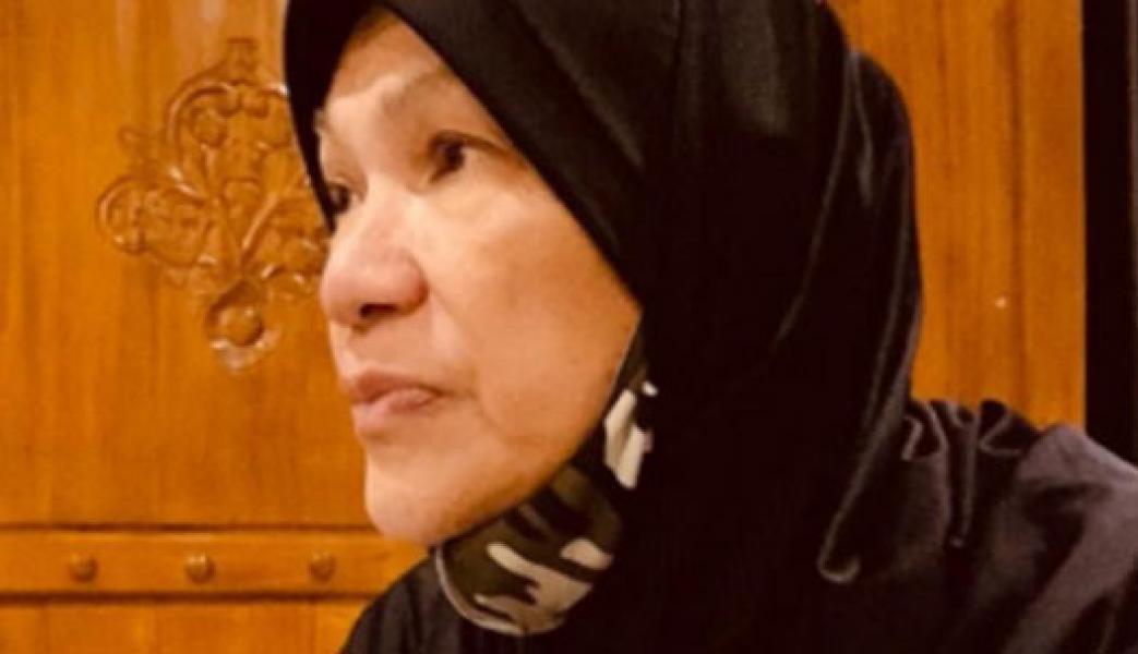 Bantah Jadi Sopir Raffi Ahmad karena Bangkrut, Dorce Gamalama: Lihat Dong Tas Gue Chanel
