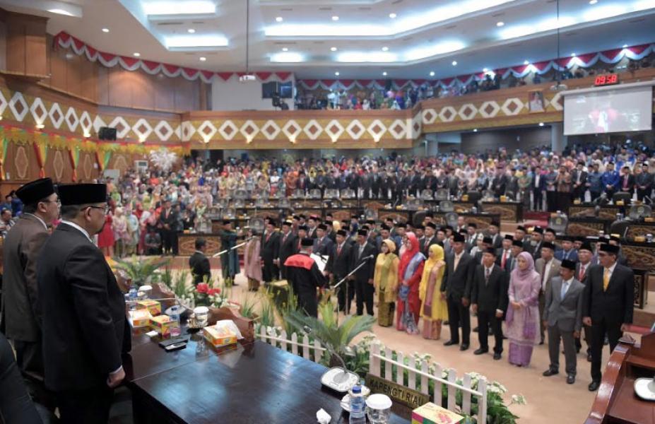 Pengambilan Sumpah 65 Anggota DPRD Riau Periode 2019-2024