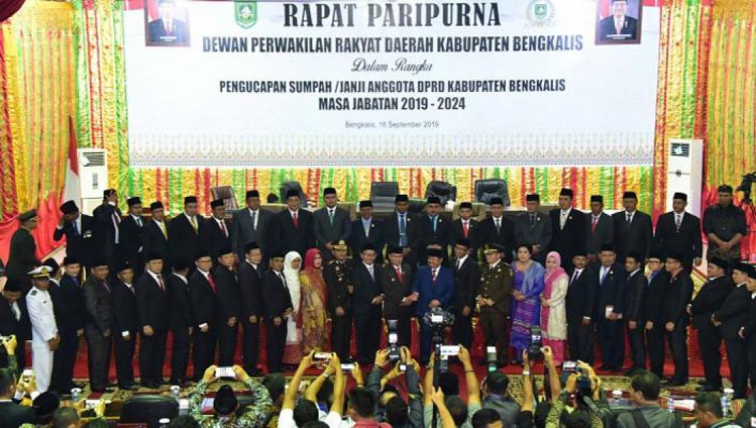 Ucapkan Sumpah-Janji, Ini Nama-Nama Anggota DPRD Bengkalis periode 2019-2024