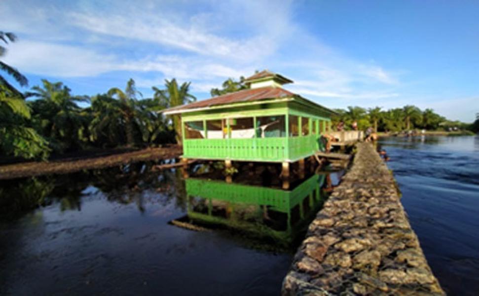 Makam Datuk Rambai dan Tradisi Tolak Bala di Kecamatan Kubu Babussalam Rokan Hilir