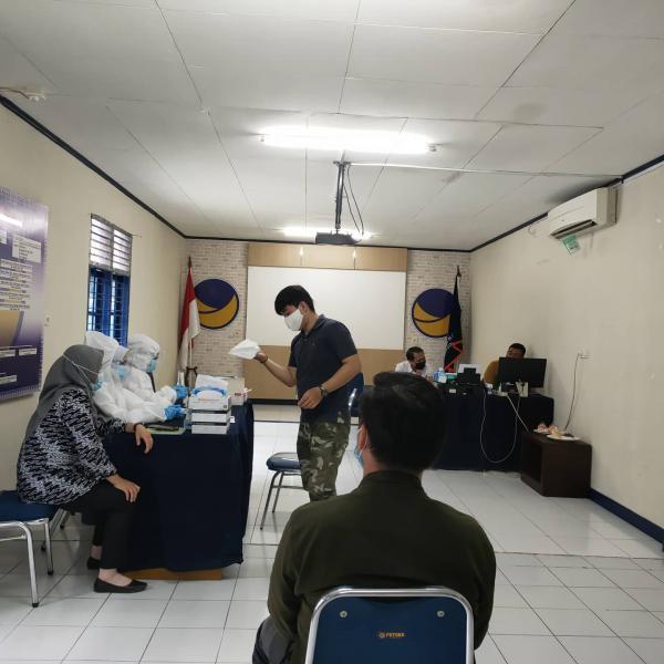 Bakti Sosial, DPW Partai NasDem Riau Gelar Swab Antigen Sars Covid-19 Gratis