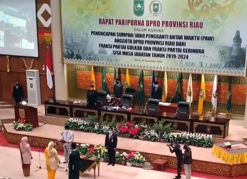 Dua Anggota DPRD Riau di PAW