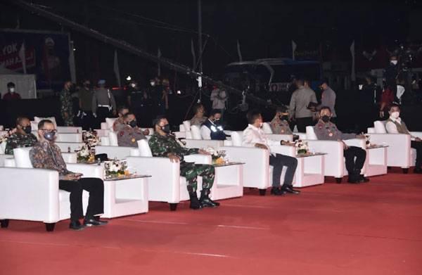 Panglima TNI Hadiri Malam Apresiasi Relawan Vaksinasi Merdeka